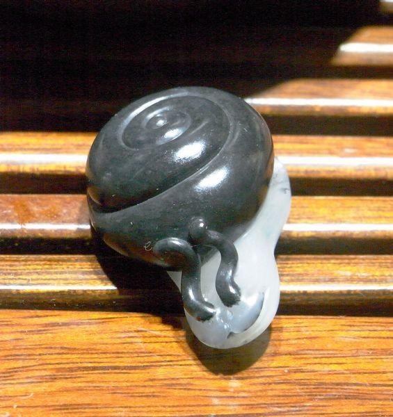 蜗牛玉雕图片_