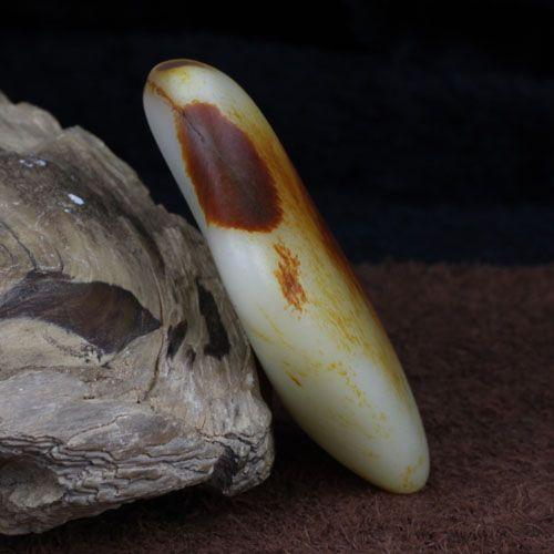 和田玉 籽料 枣红皮 原石