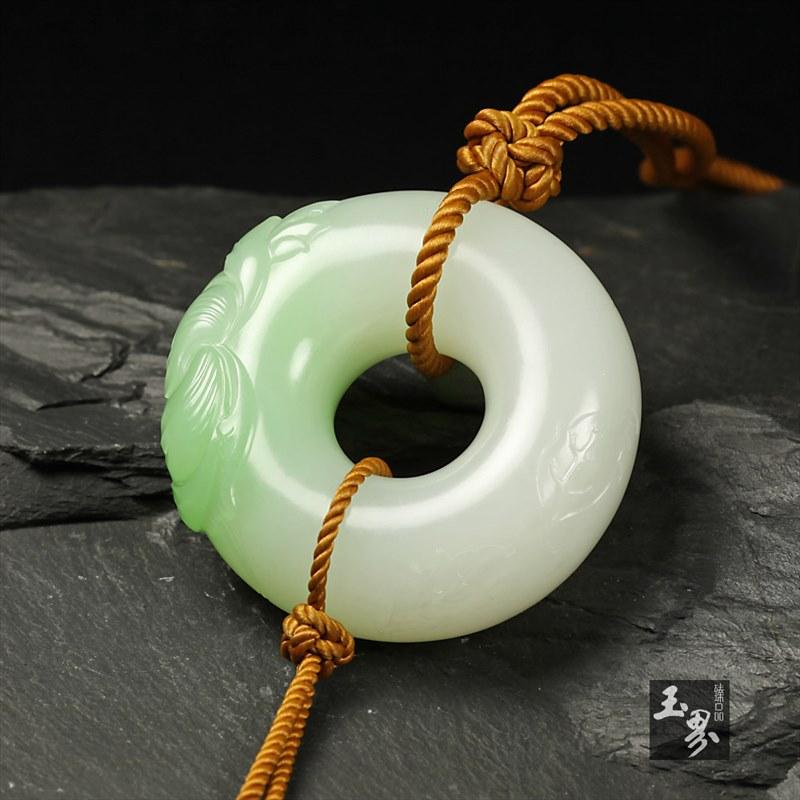 (翠青)白玉挂件-国色天香