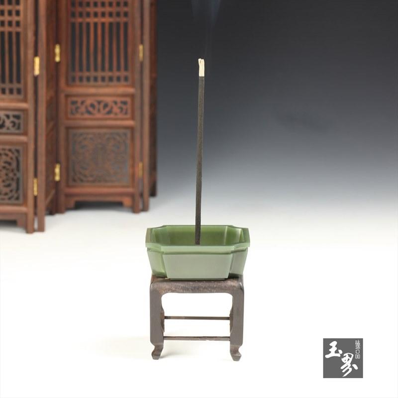 青玉-素面香插