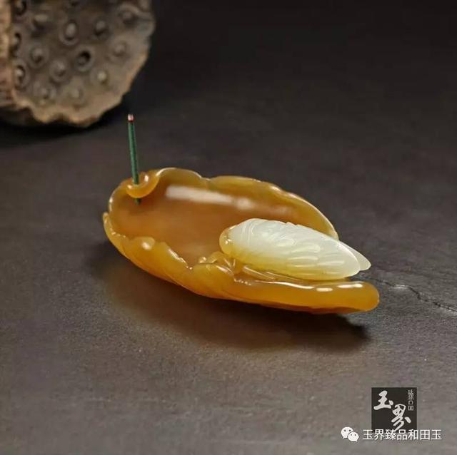 白玉巧雕香插-蝉语